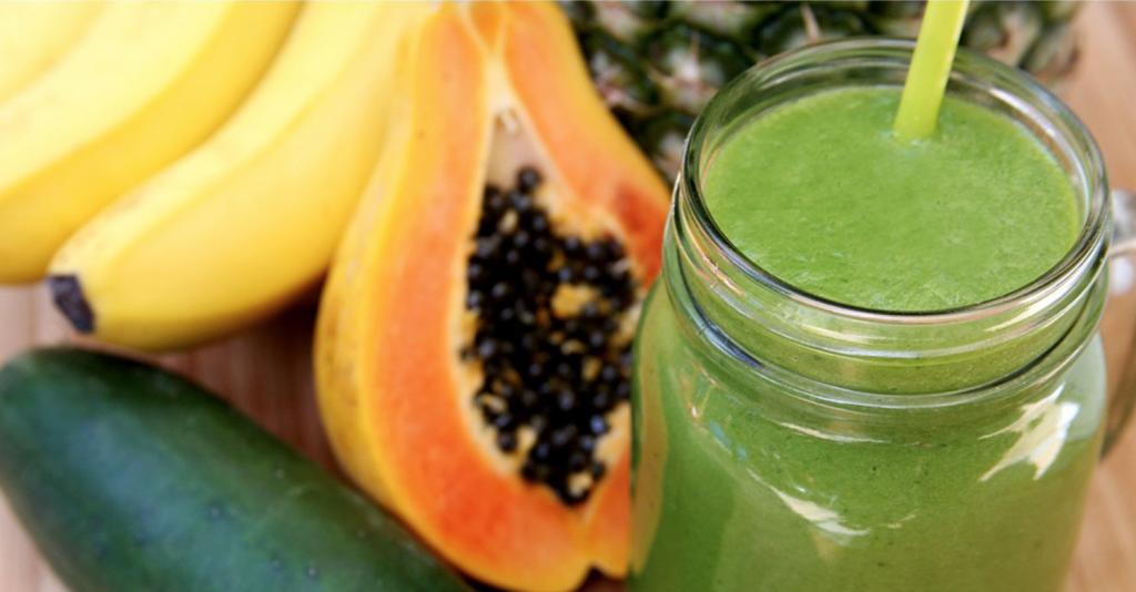 Green Smoothie mit Papaya groß